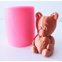 craftial curve_CC_heart holding teddy bear silicone mold